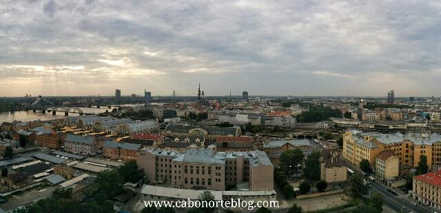 Panorámica de Riga desde la Academia de las Ciencias