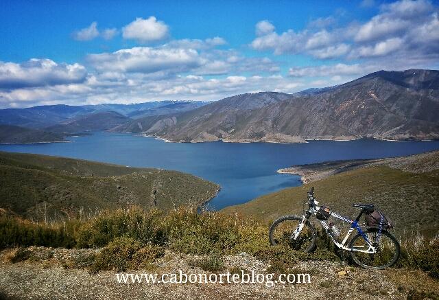 camino de santiago, camino sanabrés, bici, embalse de portas, ourense, galiza, bici, serra do invernadoiro