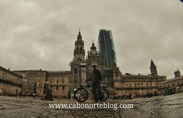 camino de santiago, praza do obradoiro, bicigrino, bici