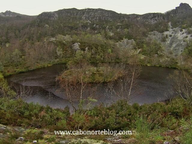 Laguna de Muniellos, asturias