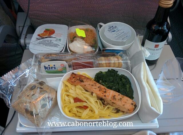 Comida en el avión a Japón