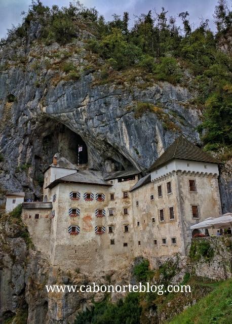 Castillo de Predjama, Eslovenia