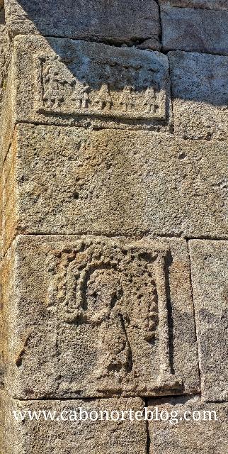 Danzantes esculpidos na pedra