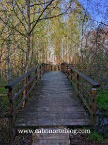 Sendeiro ao redor da Lagoa de Cospeito