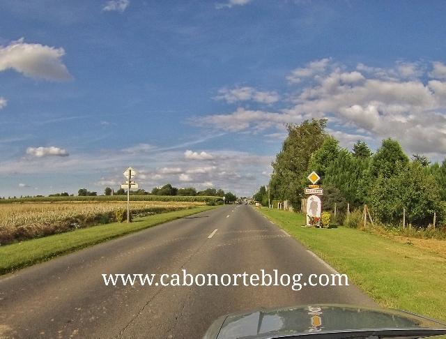 Carretera en el Norte de Francia