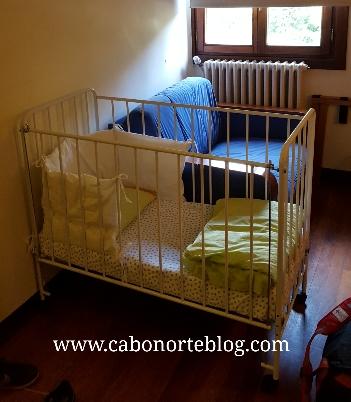 Hay muchos alojamientos que no cobran por instalarnos una cuna en la habitación