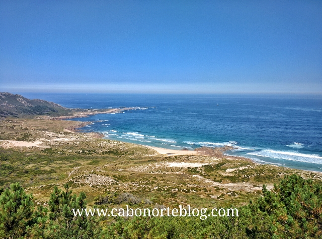 Praia do Trece desde o alto do Monte Branco