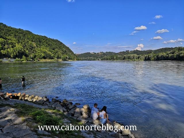 Lugar donde se juntan el Danubio con el Inn en Passau